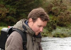 Westcounty Rivers Trust eleoctro fishing on the east dart river at Bellever Bridge Photo credit Paul Glendell www.glendell.co.uk. Mobile 07802480710
